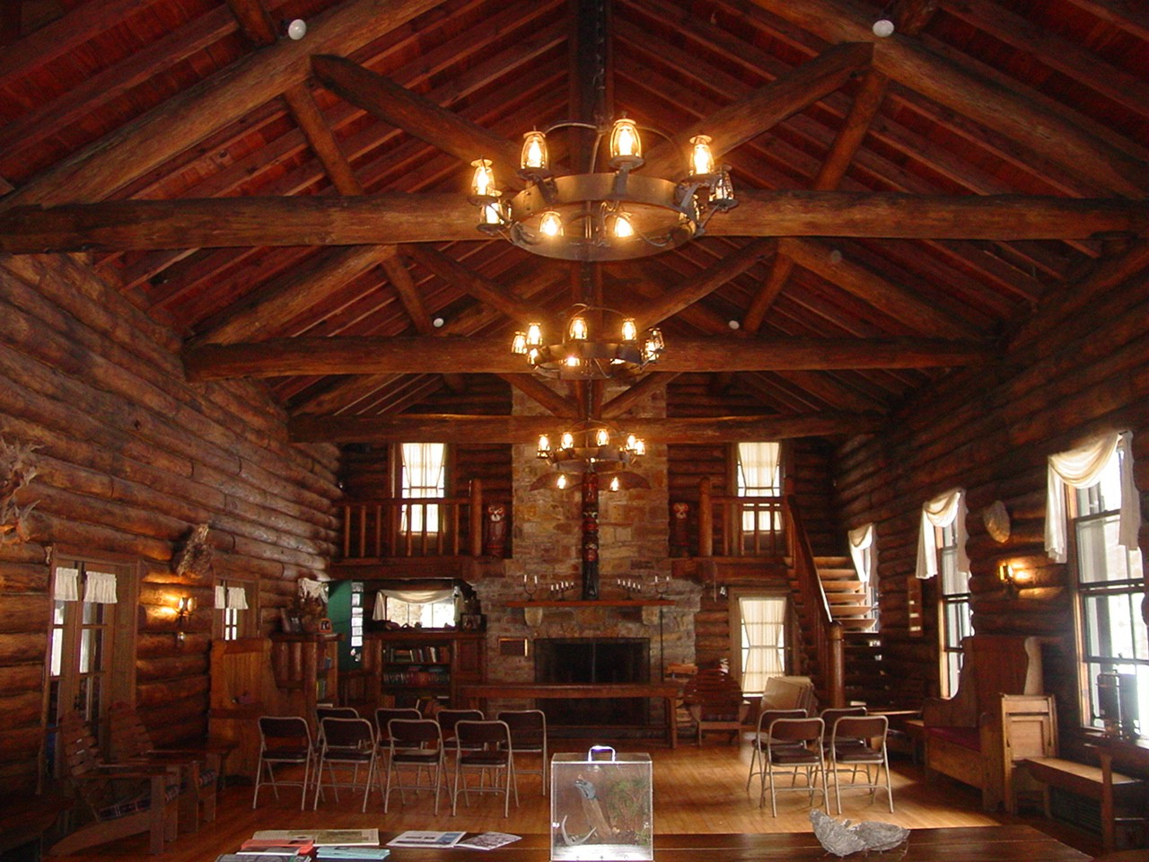 SPEND FRIDAYS AT THE LODGE WITH THE FIRESIDE CONCERT SERIES